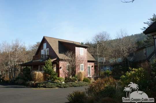 Oregon Overleaf Village Pictures